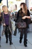 th_79399_celebrity-paradise.com-The_Elder-Brittny_Gastineau_2010-02-03_-_shopping_in_Beverly_Hills_852_122_167lo.jpg