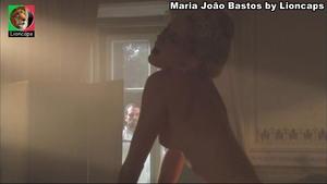 Maria João Bastos nua na serie Equador
