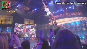 Sara Matos sensual no programa Lip Sync