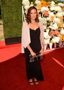 http://img146.imagevenue.com/loc453/th_056800625_MandyMoore_TheFourthAnnualVeuveClicquotPoloClassic5_122_453lo.jpg