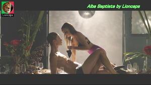 Alba Baptista super sensual no filme Leviano