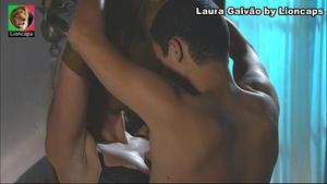 Laura Galvão sensual em vários trabalhos