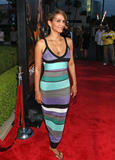 th_64742_Halle_Berry_The_Soloist_premiere_in_Los_Angeles_22_122_568lo.jpg